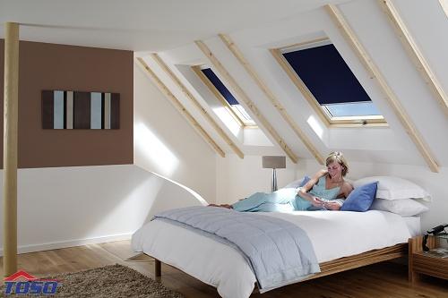 dřevěná střešní okna s klapkou