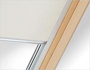 Zcela zatemňující rolety pro střešní okna Fakro